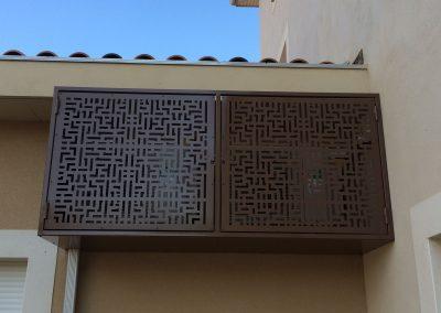 cache clim style labyrinthe avec porte