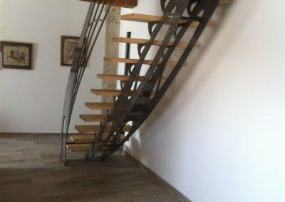 escalier découpe laser marche en bois