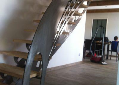 escalier decoupe laser brut