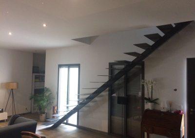 escalier droit thermolaqué