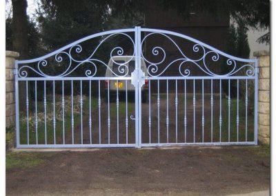 portail fer forgé deux vantaux