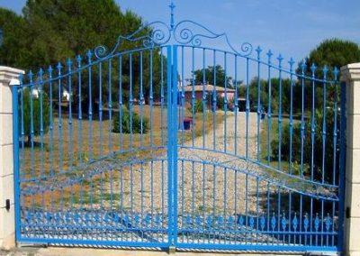 portail fer forgé deux vantaux servian